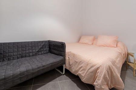 Room for rent from 31 May 2018 (Carrer de Matias Perelló, Valencia)