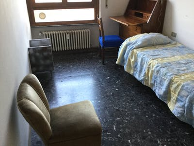 Private room for rent from 01 Aug 2019 (Via Giovanni dei Marignolli, Province of Florence)
