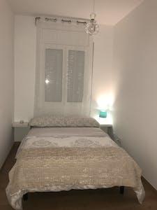 Room for rent from 19 Aug 2017  (Carrer d'Aragó, Barcelona)