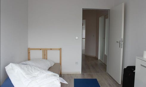 Habitación de alquiler desde 01 ago. 2018 (Koloniestraße, Berlin)