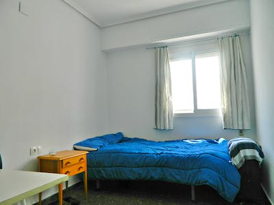 Private room for rent from 01 Dec 2019 (Carrer d'Alboraia, Valencia)