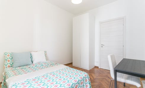 Room for rent from 16 Feb 2018  (Viale Legioni Romane, Milano)