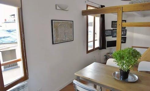 Apartamento para alugar desde 11 jun 2018 (Rue des Ecouffes, Paris)
