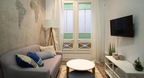 Room for rent from 31 Jan 2019 (Carrer Gran de Gràcia, Barcelona)