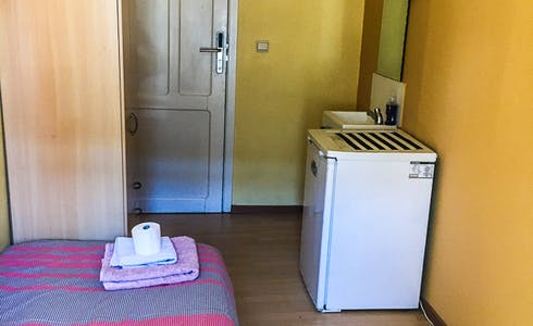 Studio for rent from 01 Dec 2017  (Rue Traversière, Saint-Josse-ten-Noode)