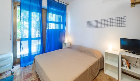 Appartement te huur vanaf 08 aug. 2020 (Via Alessandro Milesi, Milano)