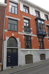 Room for rent from 19 Jul 2018 (Rue Saint-Gilles, Liège)