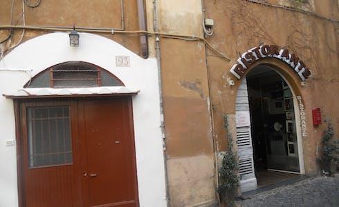 Apartamento de alquiler desde 10 may. 2018 (Vicolo della Renella, Roma)