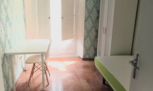 Habitación privada de alquiler desde 08 abr. 2020 (Calle Santiago, Sevilla)