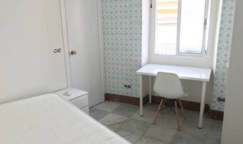 Room for rent from 01 Mar 2019 (Calle Santiago, Sevilla)