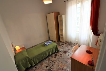 Room for rent from 01 Feb 2019 (Via Guglielmo Marconi, Florence)