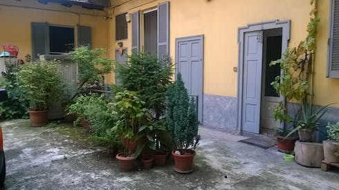 Private room for rent from 16 Jul 2019 (Via Pietro di Pietramellara, Milano)