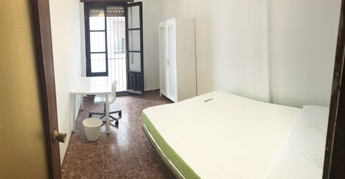 Habitación privada de alquiler desde 01 Jul 2019 (Pasaje Saravia, Córdoba)