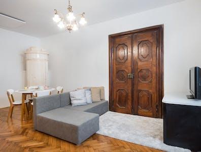 Apartamento para alugar desde 26 set 2018 (Križevniška ulica, Ljubljana)