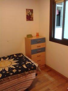 Private room for rent from 19 Apr 2019 (Carrer Mas, L'Hospitalet de Llobregat)