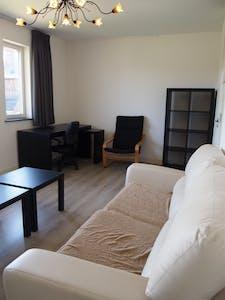 Apartamento para alugar desde 01 Out 2017 até 01 Out 2018 (Spoorsingel, Delft)