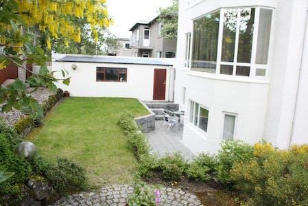 Chambre privée à partir du 01 sept. 2019 (Tjarnargata, Reykjavík)