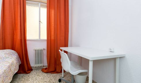 WG-Zimmer zur Miete ab 01 März 2020 (Calle Pedro Antonio de Alarcón, Granada)
