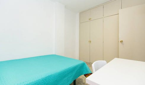 Private room for rent from 25 Mar 2019 (Calle Pedro Antonio de Alarcón, Granada)