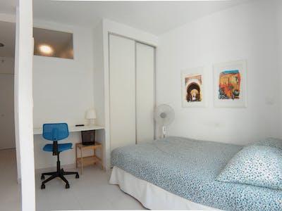 Appartement à partir du 23 juin 2019 (Calle Antonio Zamora, Madrid)