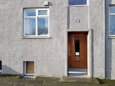 Privatzimmer zur Miete von 03 Juni 2019 (Hringbraut, Reykjavík)
