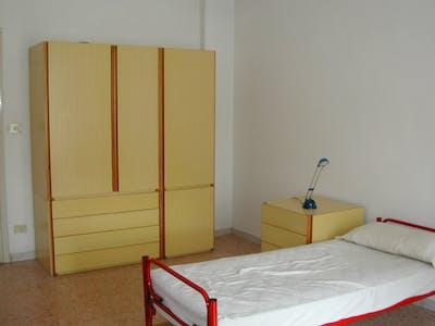 Chambre à partir du 31 juil. 2018 (Viale Guglielmo Marconi, Roma)