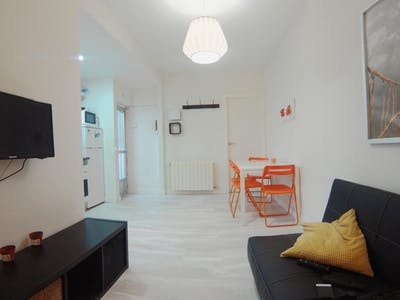 Apartment for rent from 01 May 2019 (Calle de Carlos Fuentes, Madrid)