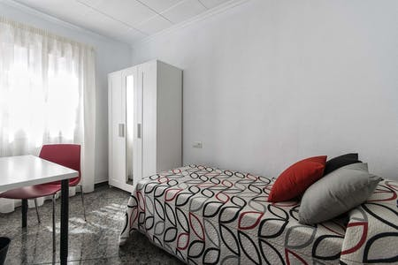 Privatzimmer zur Miete von 01 Jul 2019 (Carrer Tomas Capelo, San Juan de Alicante)