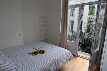 Apartamento de alquiler desde 01 ago. 2018 (Rue des Deux Tours, Saint-Josse-ten-Noode)