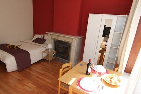 Wohnung zur Miete ab 01 Juli 2020 (Rue des Deux Tours, Saint-Josse-ten-Noode)