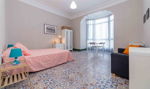 Privatzimmer zur Miete von 31 May 2019 (Carrer de Ciscar, Valencia)