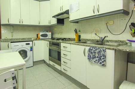 Room for rent from 31 Dec 2018 (Carrer d'en Llop, Valencia)