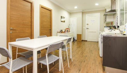 Private room for rent from 31 Jan 2019 (Carrer de les Garrigues, Valencia)