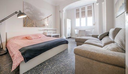 Privé kamer te huur vanaf 31 dec. 2018 (Carrer de Sueca, Valencia)