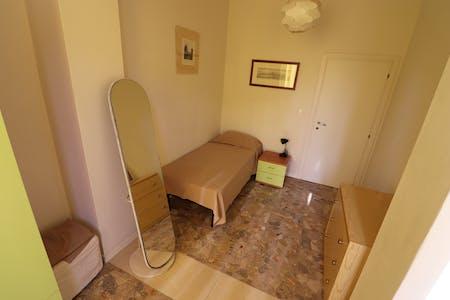 WG-Zimmer zur Miete von 01 Mar 2020 (Via Guglielmo Marconi, Florence)