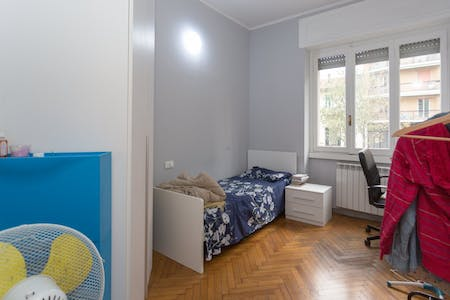Room for rent from 01 Sep 2018 (Via Ettore Ponti, Milano)
