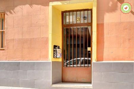 Calle Martín Cortés
