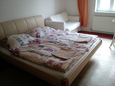 Private room for rent from 01 Jun 2019 (Gudrunstraße, Vienna)