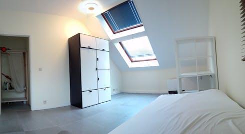 Private room for rent from 01 Jul 2020 (Lenniksebaan, Anderlecht)
