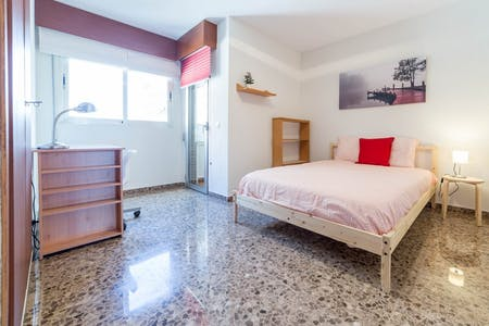 Room for rent from 01 Feb 2019 (Carrer de la Ciutat de Mula, Valencia)