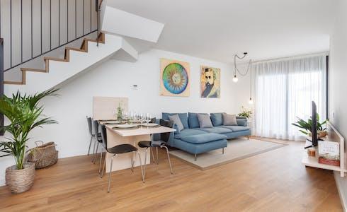 Appartement te huur vanaf 18 nov. 2017 tot 15 feb. 2018 (Carrer de Vallseca, Barcelona)