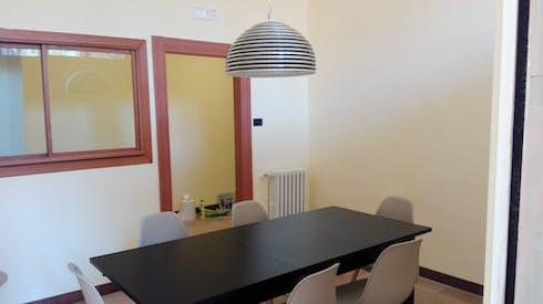 Habitación privada de alquiler desde 19 Jul 2019 (Via Giulio Antonio Acquaviva, Caserta)