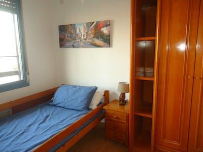 Habitación privada de alquiler desde 01 Sep 2019 (Calle Maestro Priego López, Córdoba)