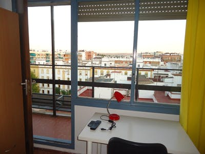 Room for rent from 01 Sep 2018 (Calle Maestro Priego López, Córdoba)
