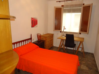 Private room for rent from 01 Feb 2020 (Calle los Alderetes, Córdoba)