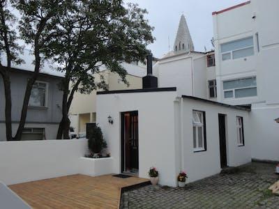 Apartamento de alquiler desde 01 sep. 2018 (Þórsgata, Reykjavík)