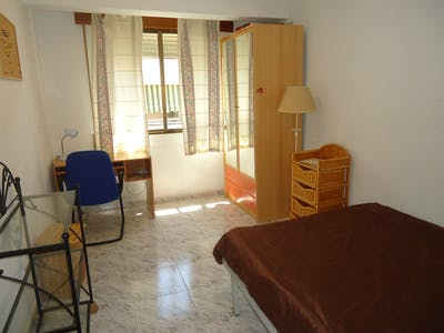 Private room for rent from 01 Feb 2020 (Calle José María Valdenebro, Córdoba)