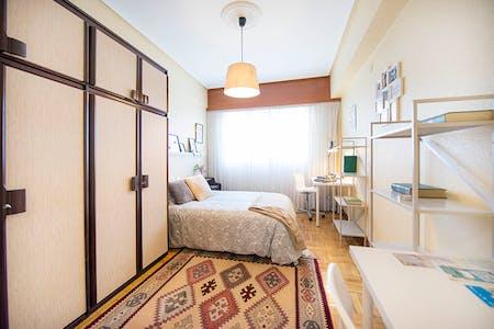 Privé kamer te huur vanaf 01 jun. 2019 (Elexabarri Kalea, Bilbao)