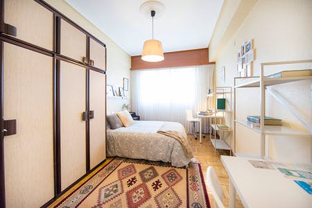 Private room for rent from 01 Jun 2019 (Elexabarri Kalea, Bilbao)