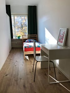 Private room for rent from 31 Mar 2019 (Ringbahnstraße, Berlin)